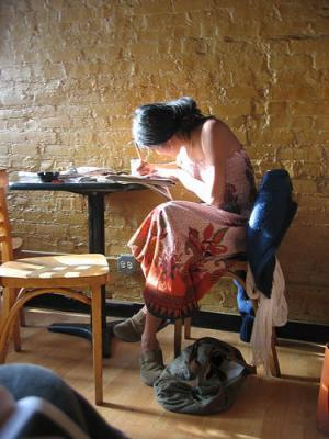 Resultado de imagen para imágenes mujer escribiendo